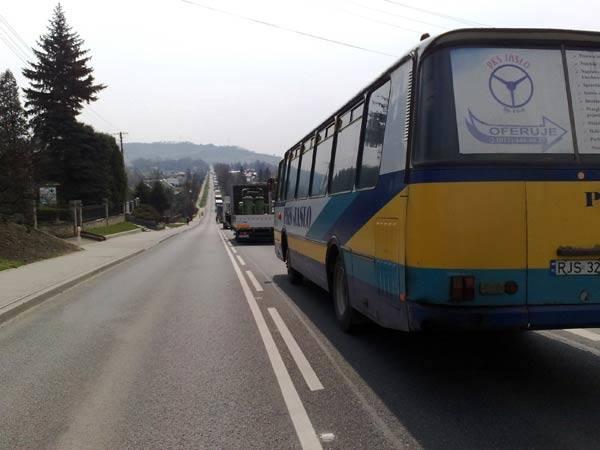 Z ostatniej chwili: zderzenie trzech samochodów w Brzostku