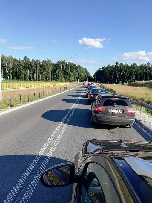 W niedzielę (5.07.), około godz. 18 doszło do wypadku. W Osówcu (gm. Sicienko) zderzyły się samochody osobowe. Dwie osoby są poszkodowane.