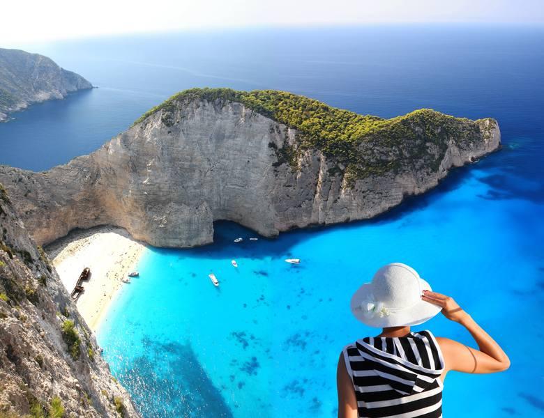 Na wakacje bydgoskie lotnisko oferuje czarter na Zakynthos. Pierwszy samolot zawiózł pasażerów na tę grecką wyspę 31 maja. Czartery na Zakynthos odbywają