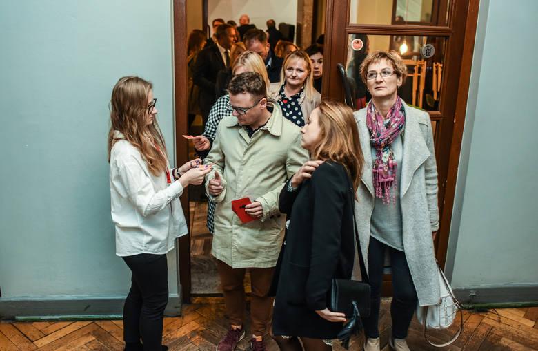 Teatr Polski w Bydgoszczy poszukuje pracownika  do obsługi widowni