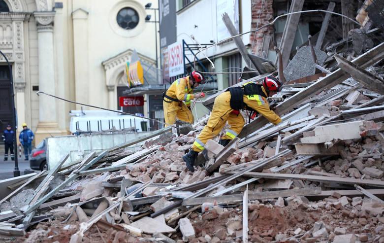 Do katastrofy doszło 23 listopada 2015 roku, kiedy to przy ul. Sienkiewicza 47 zawalił się mający cztery kondygnacje budynek z około 1880 roku, który