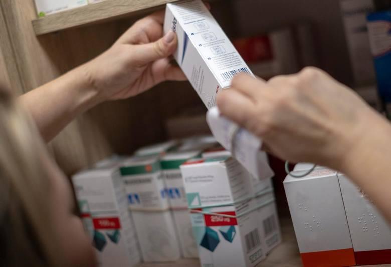 W aptekach znów brakuje leków. Trudno dostać już 50 leków, w tym na cukrzycę. Na większość z nich nie ma zamienników