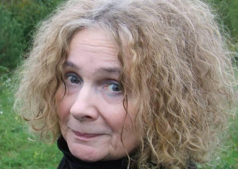 Prof. Maria Szyszkowska, filozof i polityk: - Na pewno starsi nie powinni ustępować miejsca dzieciom