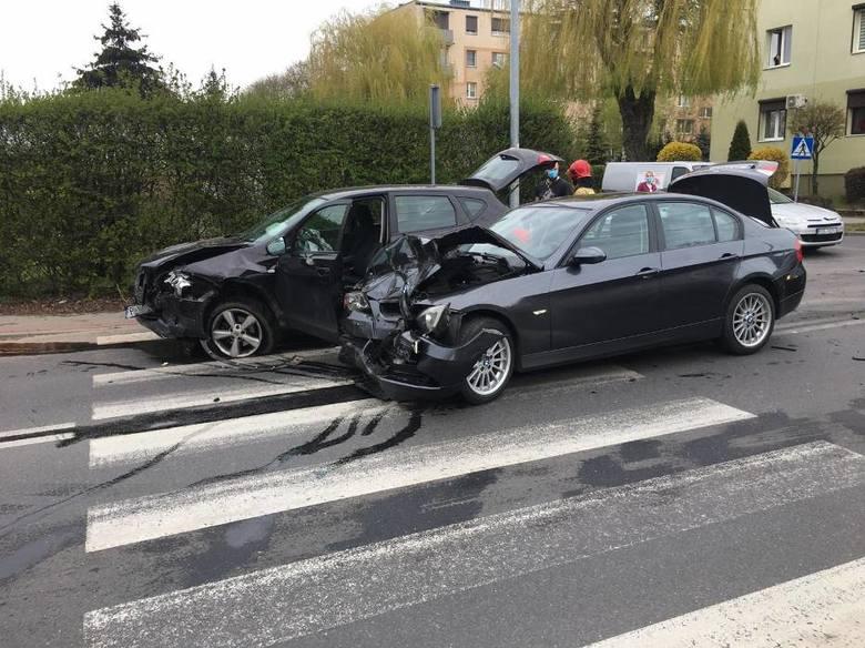 Kierująca BMW nie ustąpiła pierwszeństwa. Znamy szczegóły kolizji w Pleszewie