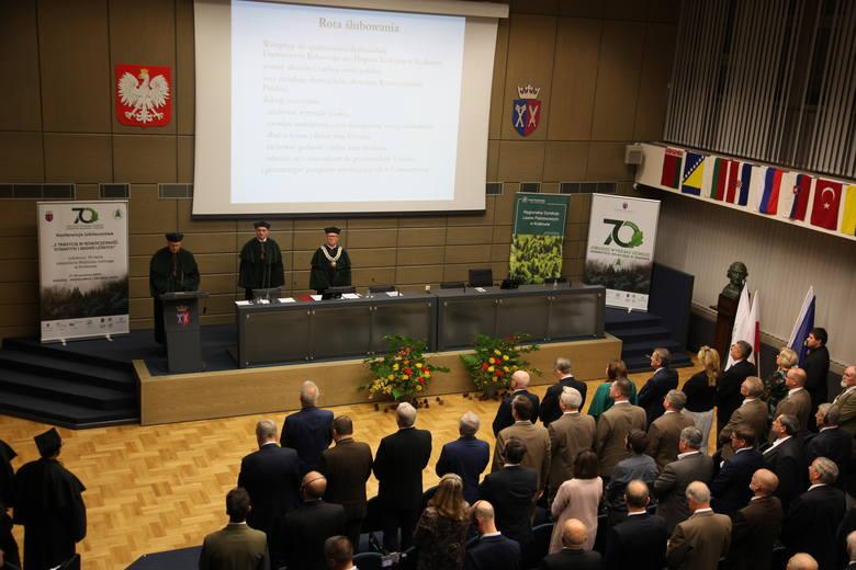 Kraków. Wydział Leśny Uniwersytetu Rolniczego świętował 70-lecie działalności
