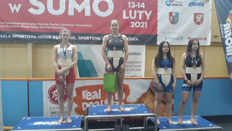Karolina Domaszuk na najwyższym stopniu podium Pucharu Polski juniorek w sumo