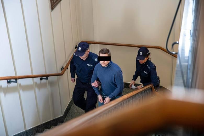 Bielsk Podlaski. Śmiertelny cios na placu ratuszowym. Tomasz I. skazany na 5 lat więzienia [zdjęcia]
