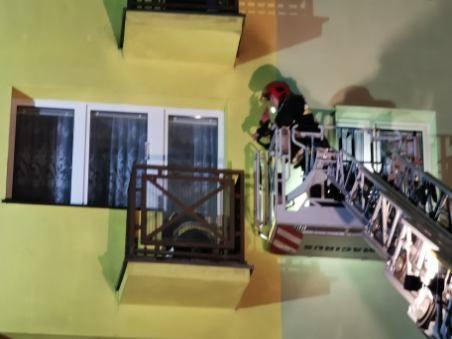Wczoraj po godzinie 21 w Sianowie pijany mężczyzna wszedł do mieszkania swojej konkubiny i po awanturze podpalił je. Do zdarzenia doszło przy ulicy Słowackiego