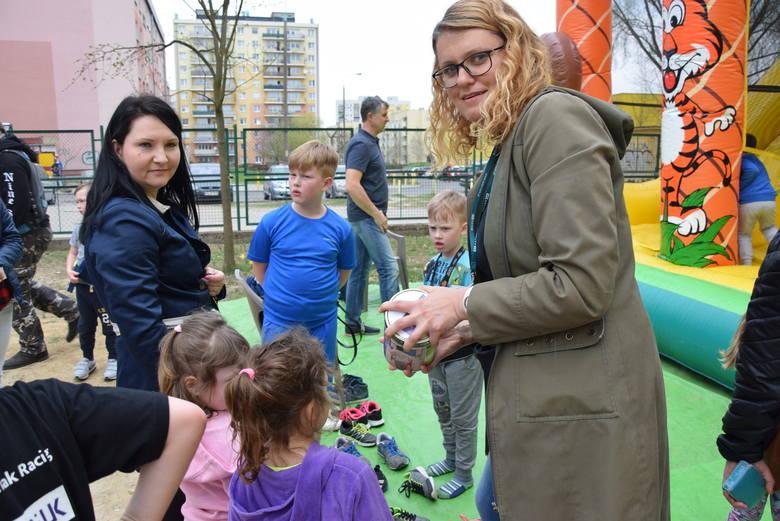 SP 13 w Gorzowie ma wielka wprawę w urządzaniu imprez charytatywnych dla swoich uczniów. W zeszłym roku pomagała Kajetanowi Fikusowi