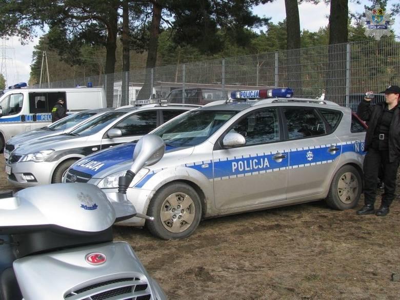 Policja zabezpieczała mecz