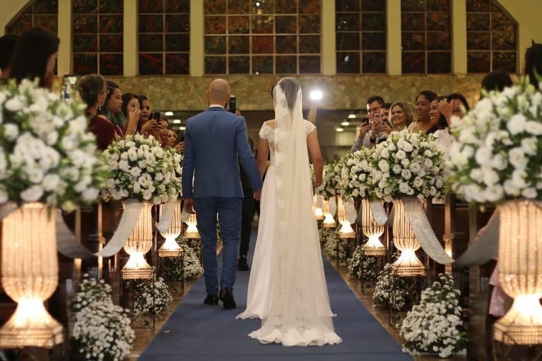 1 czerwca 2020 roku w życie wchodzą nowe przepisy dotyczące rozmowy przedślubnej z narzeczonymi w kościele. Nowe przepisy mają zmniejszyć odsetek wniosków