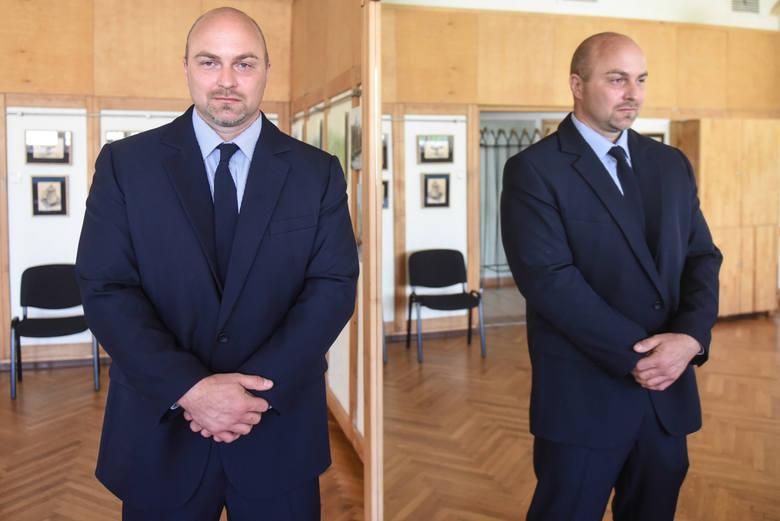 Bartosz Kaczmarek, podobnie jak Marek Niedbała startował do rady miasta z listy Jarosława Pucka.