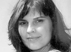 Justyna Moniuszko, białostoczanka, stwewardessa, związana z 36. Specjalnym Pułkiem Lotnictwa Transportowego. Z prezydentem latała od dwóch lat.