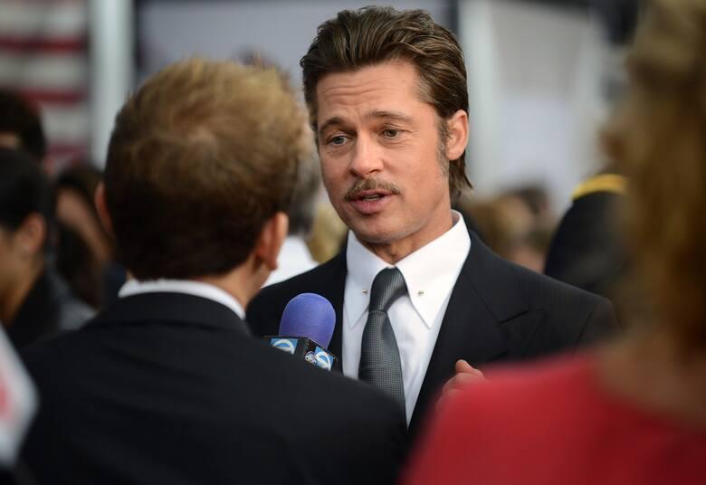 Brad PittBrad Pitt poza aktorstwem angażuje się w sprawy środowiskowe i humanitarne na całym świecie. Aktor w 2007 roku założył fundację Make It Right,