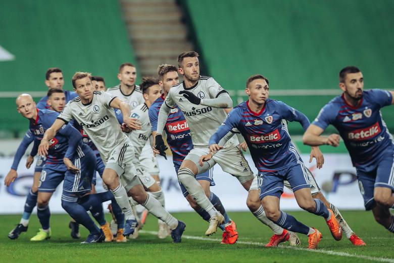 Za nami 14 kolejek PKO BP Ekstraklasy, wszystkie mecze zaplanowane na 2020 rok udało się rozegrać w komplecie. Wybraliśmy największych bohaterów minionej