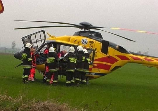 Do tego zdarzenia doszło w sobotę około godziny 8:25 na trasie Szudziałowo - Krynki. W miejscowości Ostrówek 69-letni kierowca ciężarówki dostrzegł dym