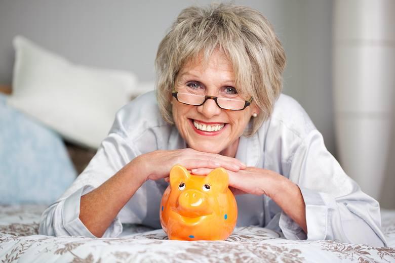 Sposoby, aby mieć wyższą emeryturę. Warto szukać dodatkowych dokumentów płacowych. A jeśli ich nie znajdziemy – zlikwidować okresy zerowe