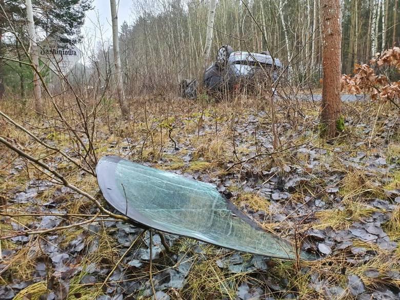 Do wypadku doszło dzisiaj krótko po godzinie 12 na ulicy Toruńskiej w Solcu Kujawskim.- Zderzyły się dwa pojazdy, motorower i samochód osobowy - mówi