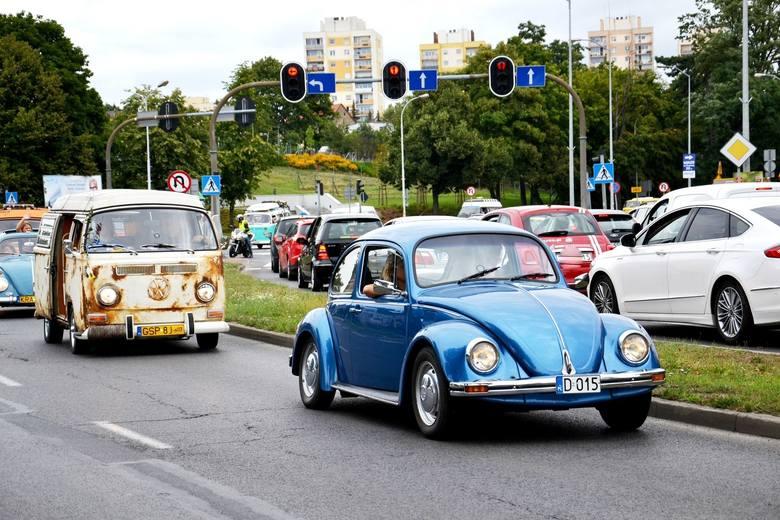 Takie piękne auta przyjeżdżały na poprzednie edycje Garbobrania w Zielonej Górze.
