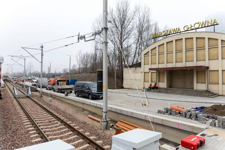 Przeniesione na Warszawę Gdańską14 z nich będzie rozpoczynać lub kończyć bieg na tej stacji:TLK 13110/31110 Wit Stwosz relacji Warszawa Gdańska – Kraków