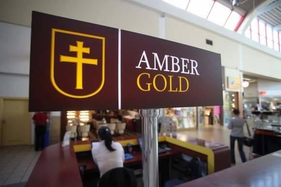 Afera Amber Gold pokazała, jak dramatycznie polska szkoła jest odseparowana od realiów życia i jak kiepskich wypuszcza absolwentów.