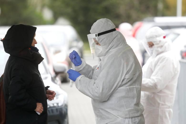 Duży wzrost liczby zakażeń koronawirusem w całym kraju, są też nowe przypadki w regionie słupskim