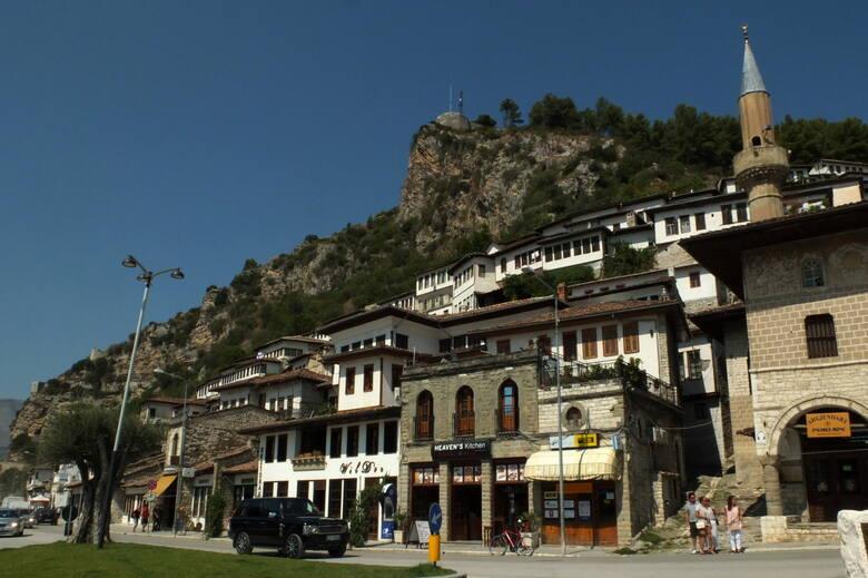 Albania to fascynujący i tajemniczy kraj pełen kontrastów.
