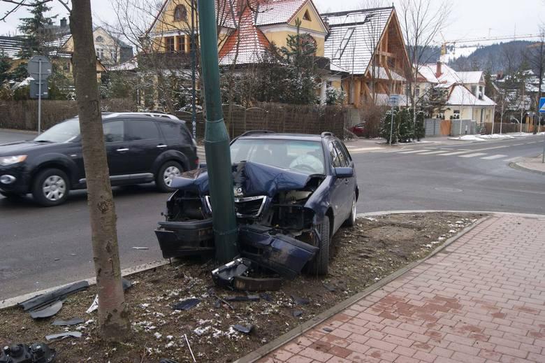 Wypadek na skrzyżowaniu ulic Tetmajera i Grunwaldzkiej w Zakopanem