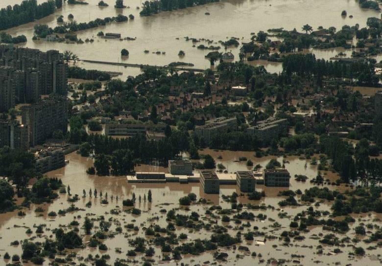 Powódź 1997 nad Opolszczyzną z lotu ptaka. Opole (Pawel Stauffer)