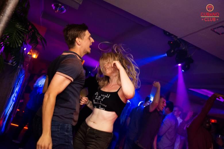Dużo działo się w ostatni weekend w Toruniu! Mamy dla Was drugą galerię z klubu Cubano. Zobaczcie zdjęcia z parkietu!