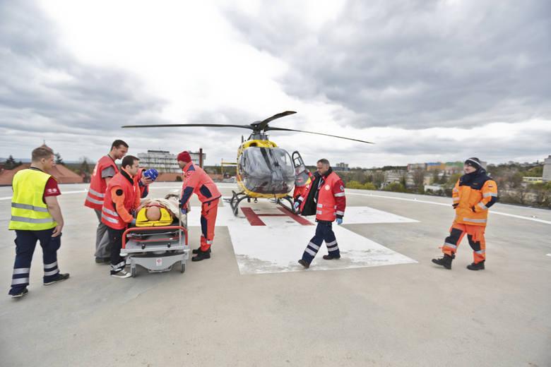 ćwiczenia na szpitalnym lądowisku w Zielonej Górze