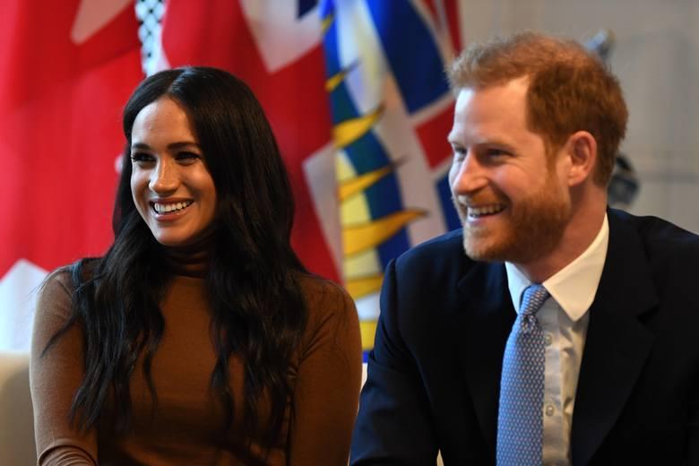 """Meghan Markle i książę Harry nie będą już nosić tytułów """"ich królewskich wysokości"""". Oświadczenie Pałacu Buckingham"""
