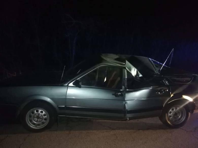 Policjanci doznali szoku gdy zatrzymali do kontroli kierowcę osobowego volkswagena. Barbara Stępień z opoczyńskiej policji powiedziała, że widok zdewastowanego