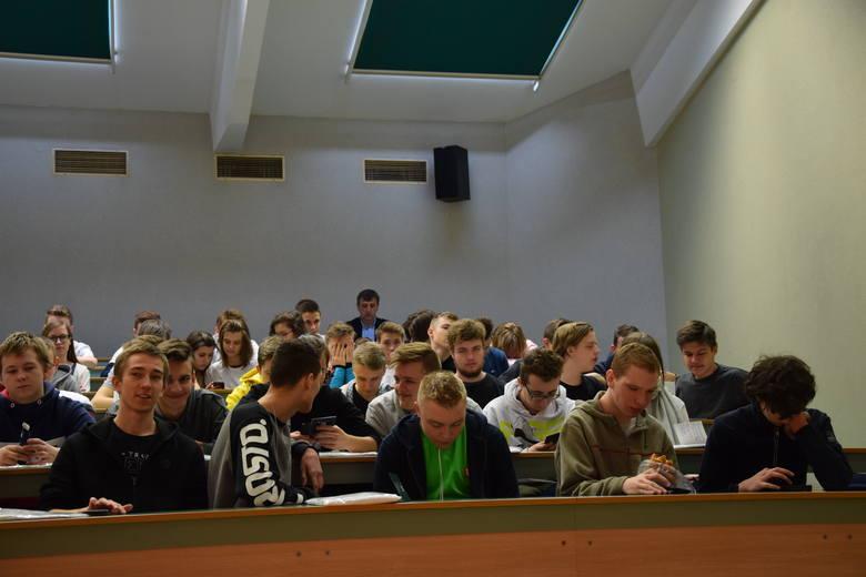 Częstochowski Uniwersytet Młodzieżowy na Politechnice Częstochowskiej