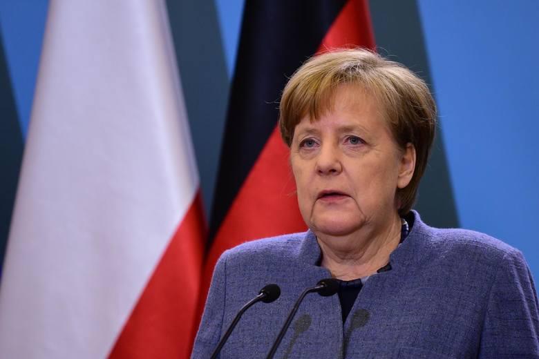 - Stać dziś tutaj jako niemiecka kanclerz i móc wygłosić do państwa kilka słów, to dla mnie jest trudne. Odczuwam gębki wstyd, biorąc pod uwagę barbarzyńskie