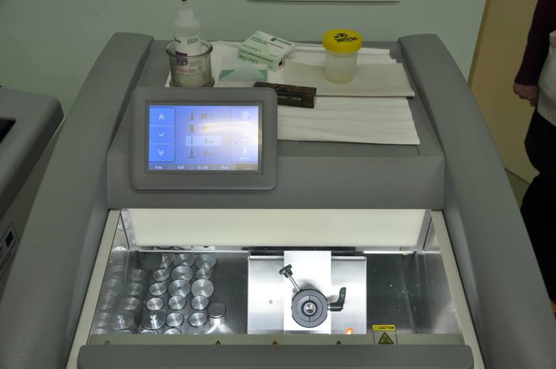 Zakład diagnostyki laboratoryjnej w Śniadecji.