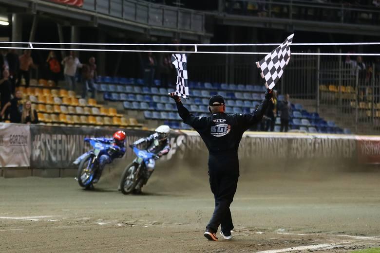 Pierwszy turniej Grand Prix w Gorzowie dla Bartosza Zmarzlika!To była trzecia odsłona walki o tytuł indywidualnego mistrza świata. Po turniejach we Wrocławiu