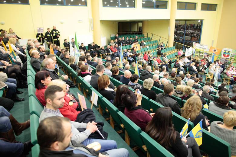 Na spotkanie, które w auli przy ulicy Drzymały zorganizowało Starostwo Opolskie, przyszło około 177 osób.