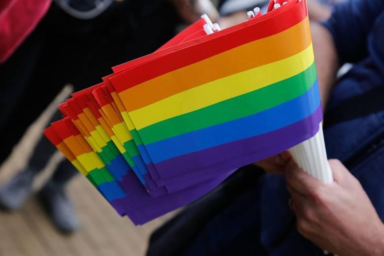 Radni z Przemyśla nie zgodzili się na uchylenie oświadczenia w sprawie LGBT. Czy miasto straci 46 mln złotych?