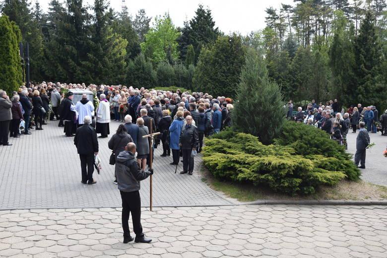 Ostatnie pożegnanie Zbigniewa Jaworskiego - Zielona Góra - stary cmentarz - 7 maja 2019