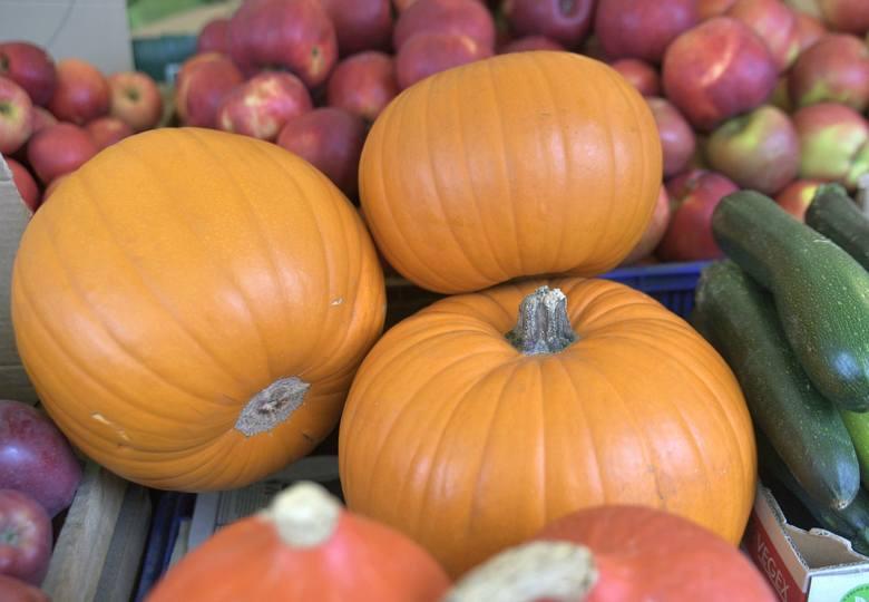 Świeże warzywa i owoce to podstawa w każdej kuchni. Szczególnie w okresie jesiennym należy pamiętać o posiłkach bogatych w witaminy, jakie dostarczają