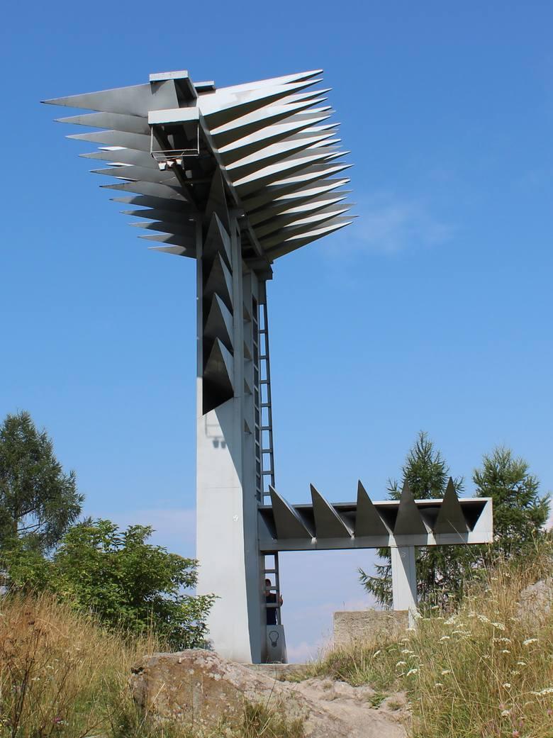 """Pieniny. IPN uważa, że pomnik """"Organy"""" Hasiora trzeba zdemontować"""