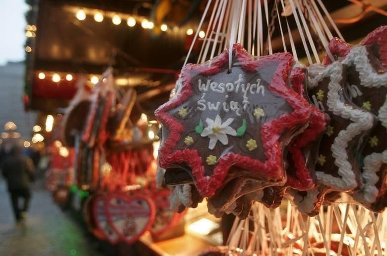 Najpiękniejsze życzenia świąteczne na Boże Narodzenie - zobacz w galerii >>>>Święta Bożego Narodzenianiosą ze sobą wiele