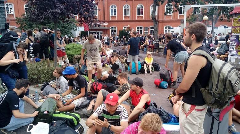 Około 5 rano zakończył się 24. PolAndRock Festival w Kostrzynie nad Odrą. Kilkaset tysięcy ludzi, którzy zjeżdżali do Kostrzyna przez kilka dni, chce