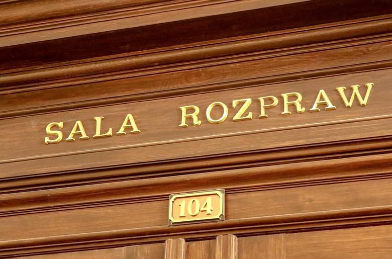 08.10.2019 Gdańsk, Sąd Apelacyjny. Marek Mielewczyk molestowany przez księdza Andrzeja S.