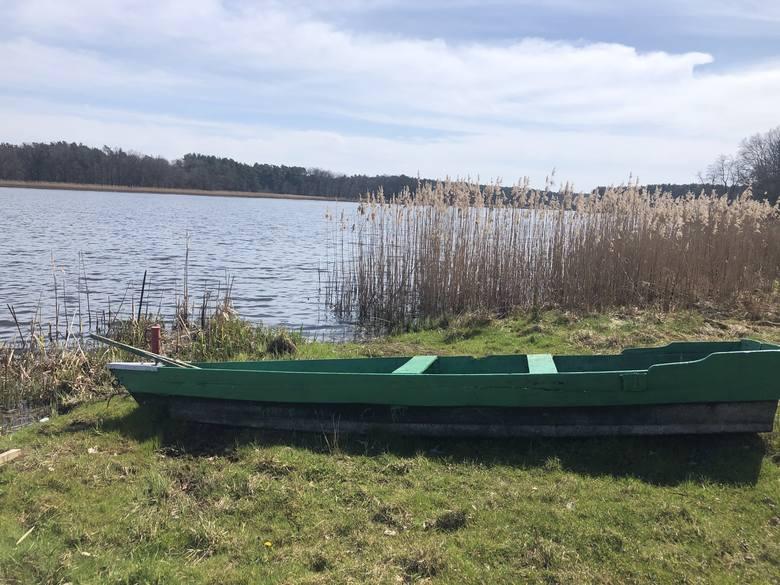 Jezioro Kąpielowe w Szklarce Radnickiej liczy maksymalnie 5,4 metra głębokości.
