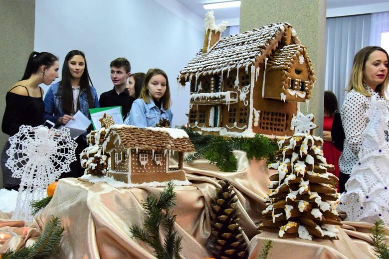 To już inowrocławska tradycja. Na kilka dni przed świętami Bożego Narodzenia Zespół Szkół Ponadgimnazjalnych nr 2 (Gastronomik) organizuje Dzień Piernika.