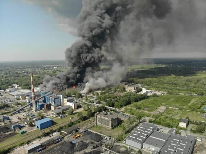 Coś tu śmierdzi, czyli skąd ten pożar wysypiska śmieci w Zgierzu. Przypadek, czy celowe podpalenie? A co z naszym zdrowiem?
