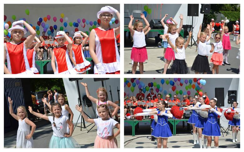 Nad Małym Jeziorem Żnińskim obchodzono Dzień Dziecka. Występ grupy tanecznej przy Żnińskim Domu Kultury:   Występ młodych tancerzy uczących się w ŻDK: