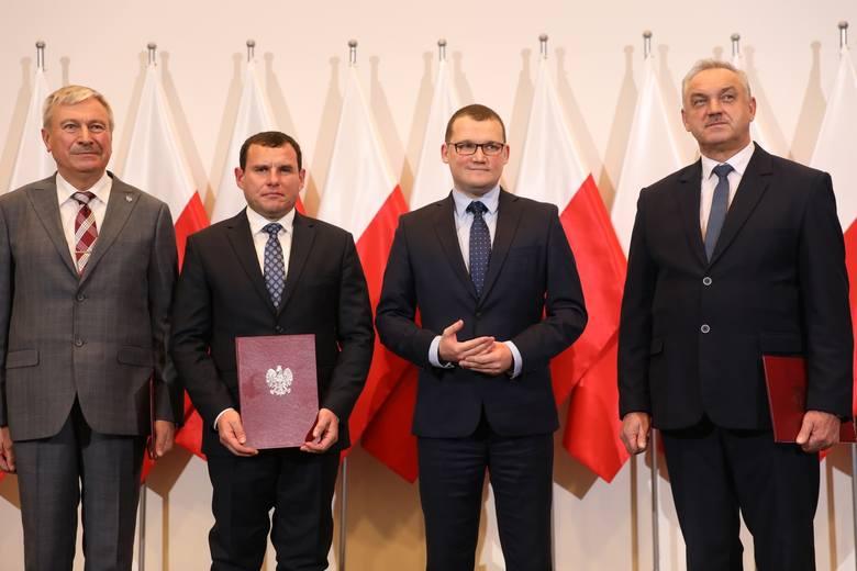 Od 1 stycznia 2020 roku w Polsce będą cztery nowe miasta [Lututów, Piątek, Czerwińsk nad Wisłą, Klimontów]
